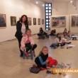 Деца рисуват по оригинали на известни художници