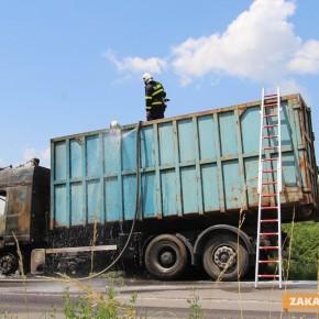 Късо съединение в двигателя вероятно е причина за пожара в камиона