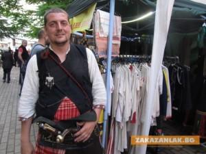 Улица на занаятите 2: Аплодисменти за българското
