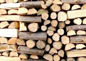 Насред зима: дърва има, брикети - не