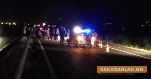Заради крава на пътя, загина млад моторист от Казанлък