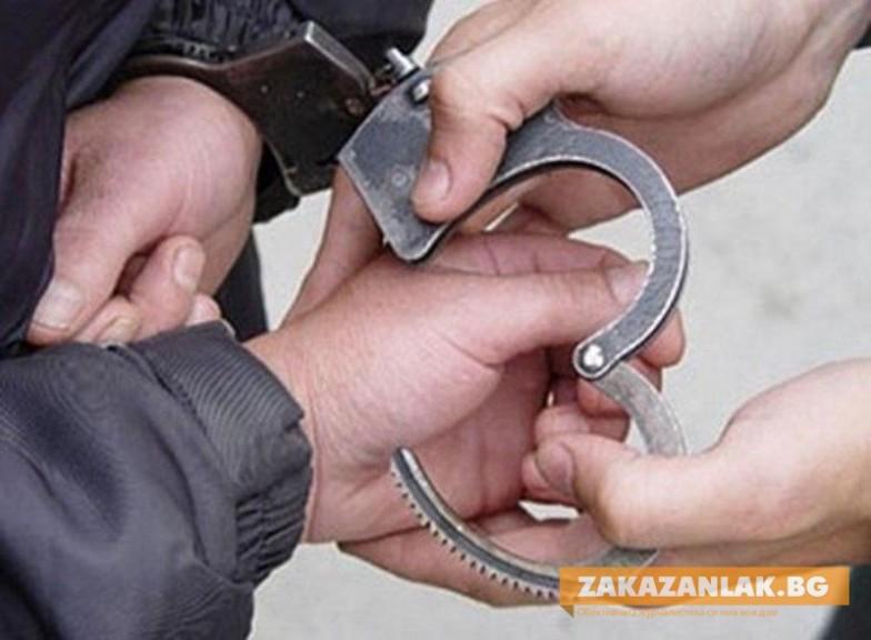 Пиян крънчанин и крадец залови Полицията