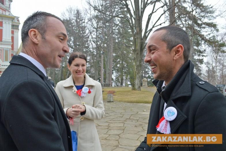 Борис Кърчев и Йоана Фильова посрещнаха колегите си от листата на ГЕРБ в Шипка