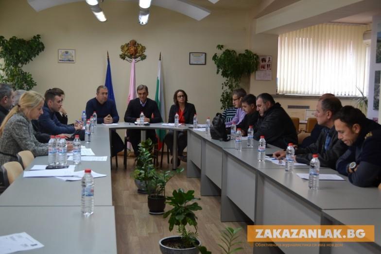 Съветници от две комисии - с  мисъл за талигите
