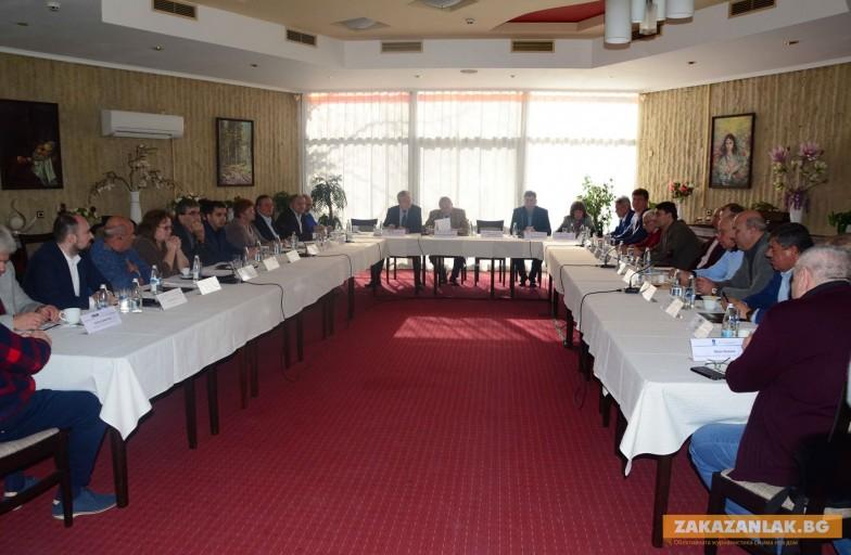Фирмите от Сдружението на българската отбранителна индустрия /СБОИ/ и синдикатите  искат среща с министрите на отбраната и икономиката