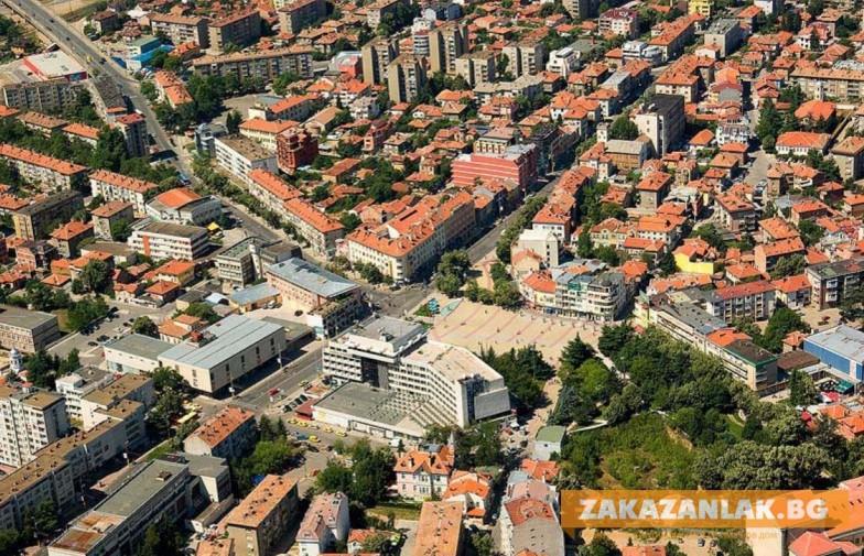 Държавата предостави на община Казанлък управлението на имот от 6.274 декара