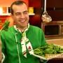 На празник в Крън. Иван Звездев готви сбораджийска гозба с едър боб и киноа
