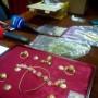 """""""Археолози на свободна практика"""" в ареста заради злато и керамика от преди 7 века"""
