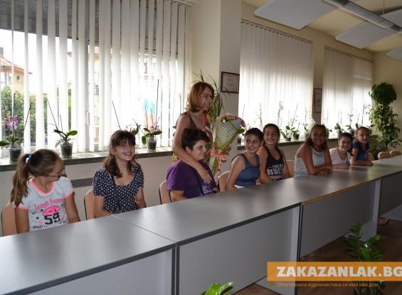 """Представители  на """"Най- добрите класове"""" се срещнаха с кмета на Казанлък"""
