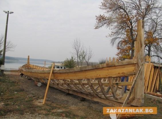 Тракийски птицеглав кораб за Празника на розата догодина