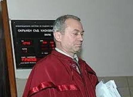 Прокуратурата в Казанлък с разследване за склоняване към самоубийство по случая с шефа на КАТ