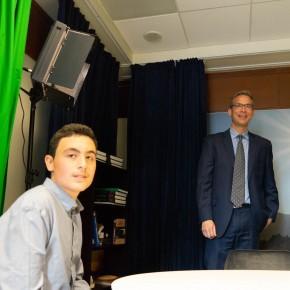 15-годишен писател се срещна с американския посланик