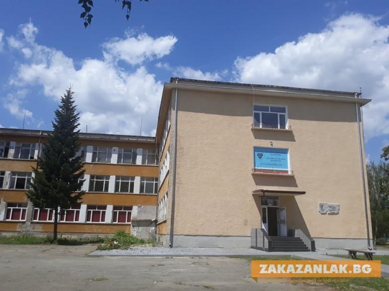Техническият колеж в Казанлък е лидер в практическото обучение