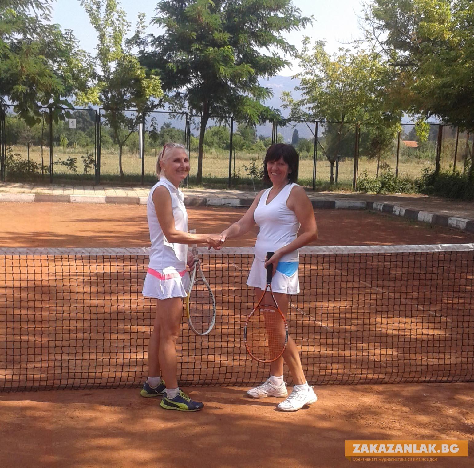 """Изигра се """"малкия финал"""" на тенис турнир сингъл-жени"""