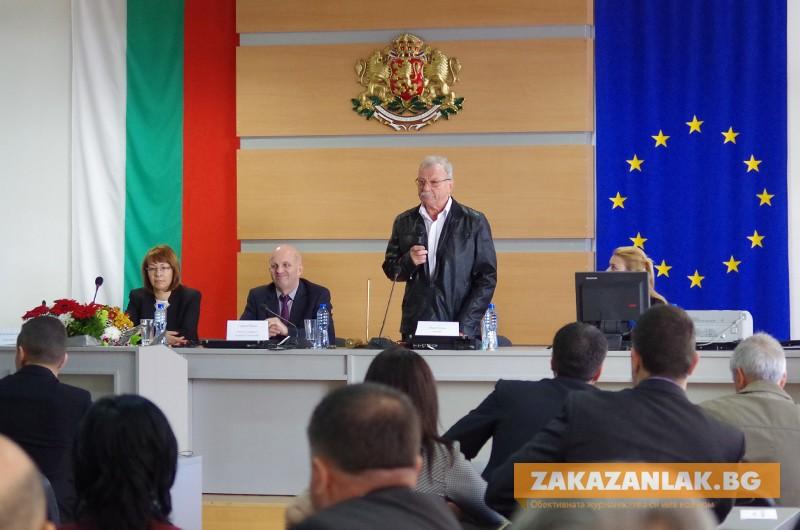 Доайенът на новия Общински съвет Иван Дочев: Няма сила, която да предпазва от свръхамбицията