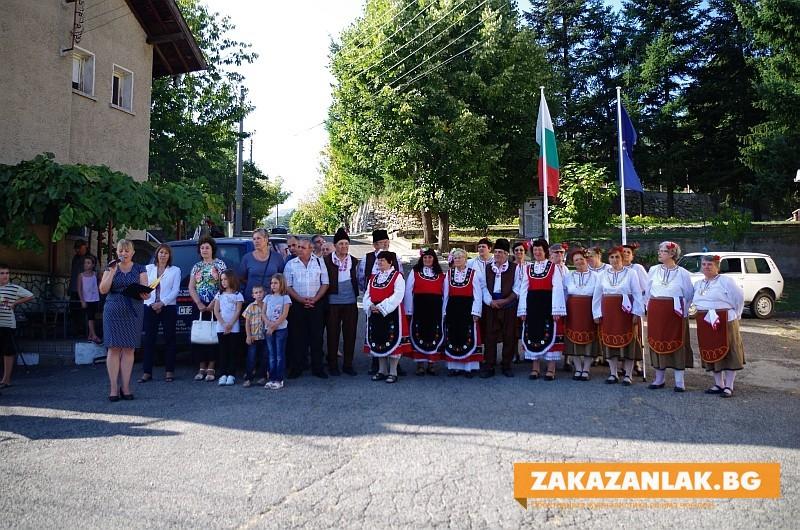 Горно Изворово ще ремонтира храма, в Енина и Ясеново ще асфалтират улици