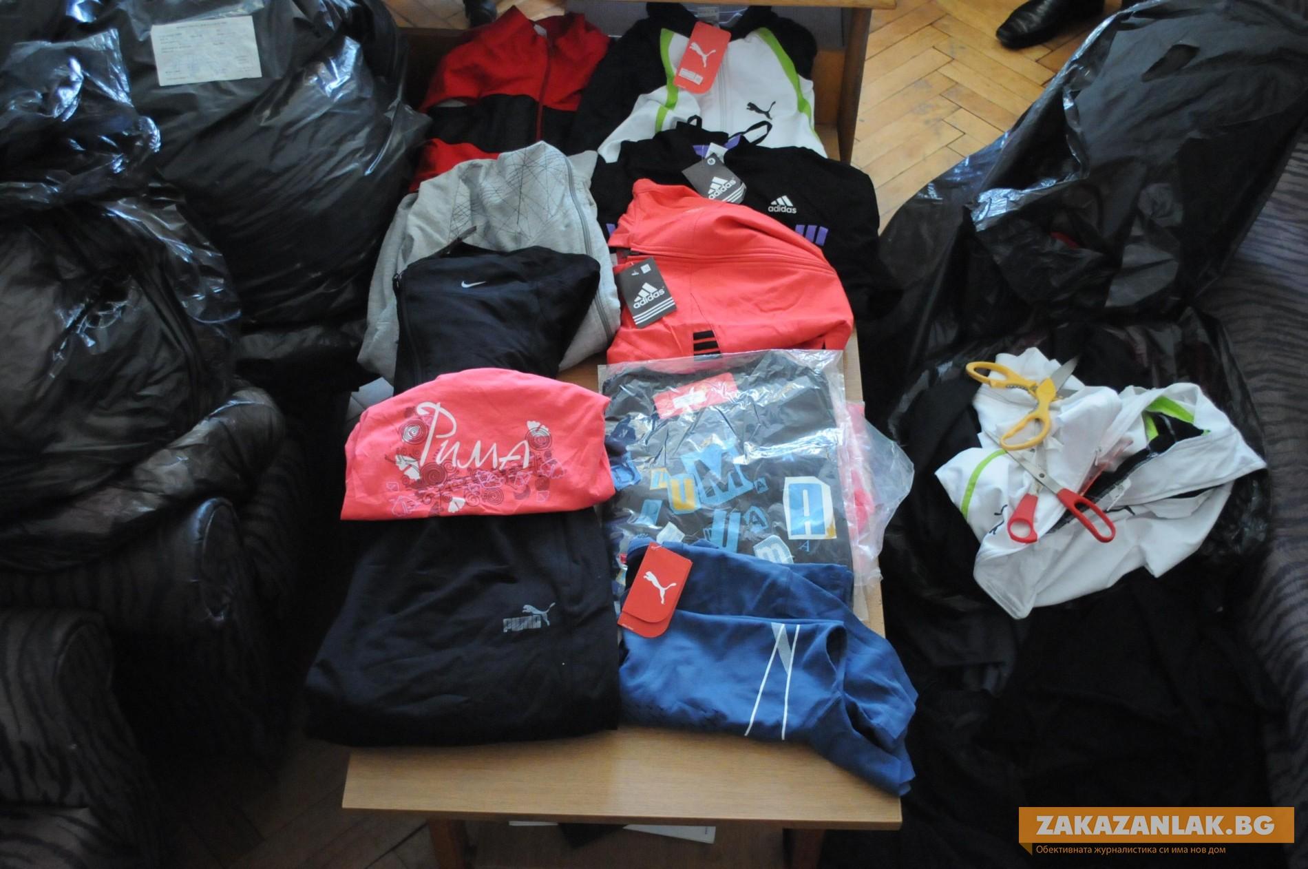 Полицията проверява магазини за маркови дрехи - менте