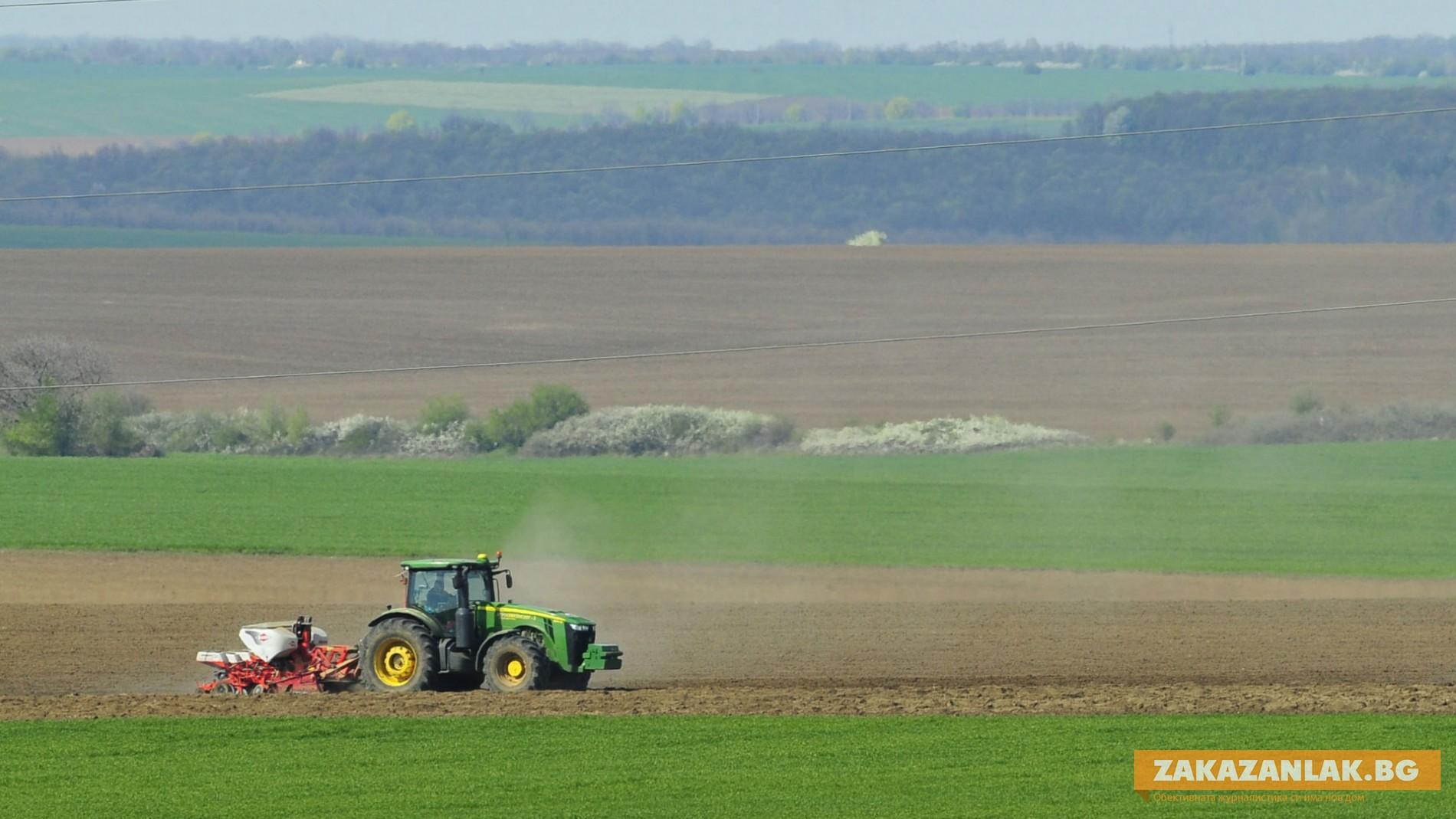 Търсят се 447 сезонни работници в земеделието
