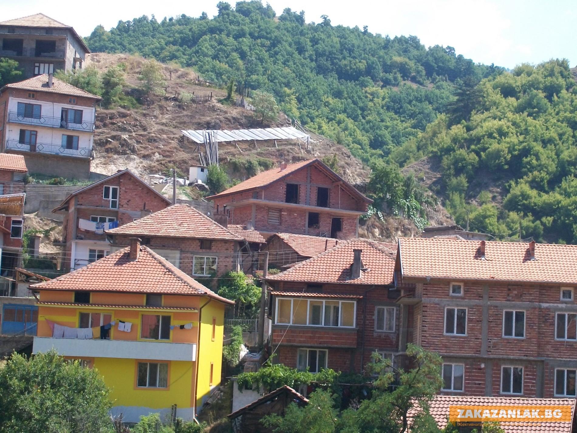 Българите строят къщи и вили