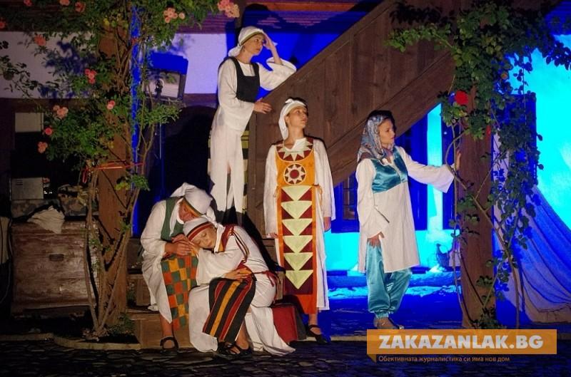 "Театър ""Любомир Кабакчиев"" със знакови спектакли"